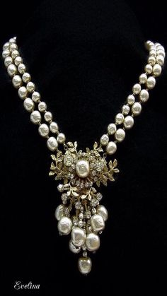 27e928c3c72c Fabulous Necklace Of Fat Creamy Pearls Miriam Haskell