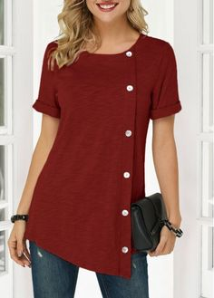 Wine Red Button Detail Asymmetric Hem T Shirt - Women's Fashion Trends Stylish Tops For Girls, Trendy Tops For Women, Look Fashion, Trendy Fashion, Womens Fashion, Style Outfits, Emo Outfits, Blouse Designs, Shirt Style