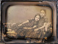 verocskakoschsartcorner:  //…Sheldon K. Nichols…// This smart daguerreotypist posed these sisters in a comfortable resting position for the long exposure which produced a relaxed and in-focus double portrait. Two Girls Reclining on a Chaise Lounge, 1851-1854, Sheldon K. Nichols. J. Paul Getty Museum. http://ift.tt/1WevcHD