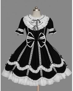 Gothic Lolita Dresses,Gothic Lolita Fashion - DevilInspired.co.uk  Such elegantly beautiful details!