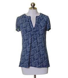 Ann Taylor Navy Blue White ARtsy Print Split Neck Stretch Knit Top Size M #AnnTaylor #KnitTop #Casual