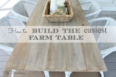 DIY City Farmhouse Table ~ How to build the easiest farm table that looks expensive City Farmhouse, Diy Farmhouse Table, Farm Table Diy, Farm Tables, Farmhouse Style, Furniture Projects, Furniture Makeover, Diy Furniture, Kitchen Furniture