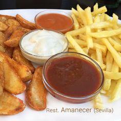 Aquí tienes una selección de salsas para patatas fritas con las que improvisar en un momento un picoteo sencillo.