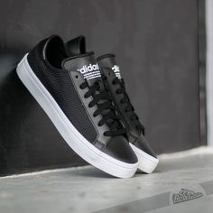 innovative design 8369b 0eca3 adidas Court Vantage W Core Black   Core Black Ftw White
