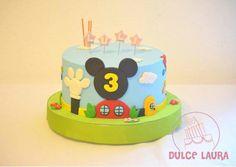 Pastel de cumpleaños de La Casa de Mickey Mouse #DulceLaura #cakelife #fondantcake #birthdaycake #mickey