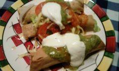 Tacos dorados muy mexicanos