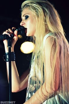 The pretty reckless- Live chicago