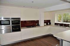 Breakfast Bar Kitchen, Kitchen Cupboards, Colour Schemes, Large White, Kitchen Design, Layout, Gallery, Modern, Red