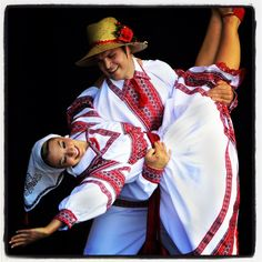 Verba Ukrainian Dance Company - Winnipeg MB