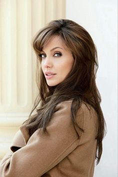Angelina Jolie ✾  She can not get any more beautiful...❤️❤️❤️