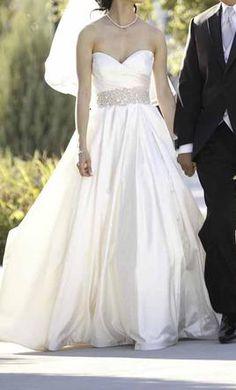 Used Lazaro Wedding Dress 3018,