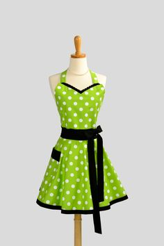 Womens Sweetheart Hostess Apron  Cute Retro by CreativeChics, $36.00
