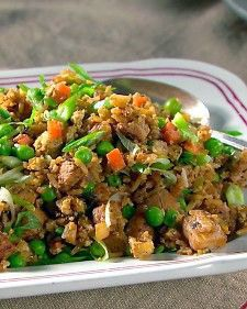 Pork Fried Rice - Truly enjoy cooking likewise dishes like this for my boo/man. Whether you are using turkey, chicken or pork (rib meat adds great flavor - I'd say it's worth the sat fat content) Rice Recipes, Pork Recipes, Asian Recipes, Dinner Recipes, Cooking Recipes, Oriental Recipes, Oriental Food, Yummy Recipes, Yummy Food