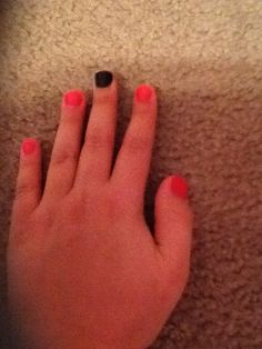 Nails! Pink n black.... Cute!