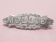 RARE-ANTIQUE-STERLING-SILVER-MOLLIE-NAME-BROOCH-PIN-1909
