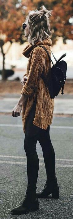 Take a look at 35 casual winter outfits with leggings you have to try in the photos below and get ideas for your own cold weather outfits! Leggings is the magic answer when it comes to fall & winter outfits,… Continue Reading → Fall Winter Outfits, Autumn Winter Fashion, Winter Outfits Warm Casual, Dress Winter, Edgy Fall Outfits, Spring Outfits, Autumn Cozy Outfit, Winter Clothes Women, Fall Outfit Ideas
