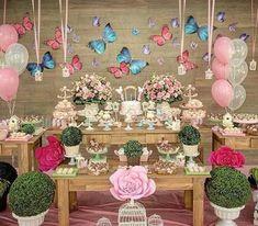 festa jardim das borboletas decoração de aniversario Butterfly Garden Party, Butterfly Birthday Party, Butterfly Baby Shower, Fairy Birthday Party, Baby Shower Centerpieces, Baby Shower Favors, Baby Shower Themes, Baby Boy Shower, Baby Shower Invitations