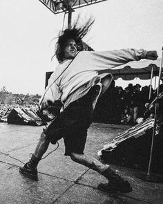 I N S A N E  #eddievedder #pearljam #seattlesound #90sgrunge #90s #puregrunge #pureshit