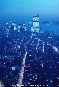 Manhattan Skyline Dusk, Hudson River Twin Towers of the World Trade Center, designed by Minoru Yamasaki, Manhattan, New York City, New York,...