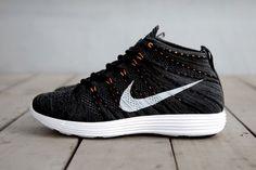 "Nike Lunar Flyknit Chukka ""Midnight Fog/Black/Total Orange"""