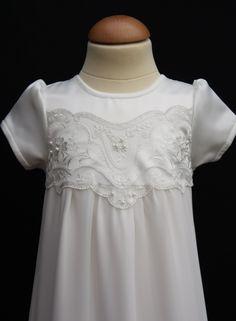 Exklusiv dopklänning i endast ett exemplar från Grace of Sweden