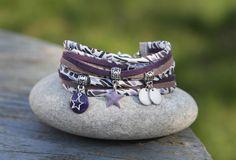 Bracelet cordon liberty 2 tours _ gris violet parme blanc argenté _ breloque etoile et sequin emaillé : Bracelet par lillicrapote