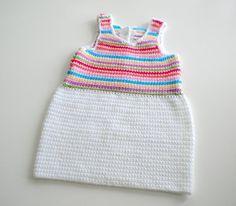 Vestidos - Vestido de bebé crochet Arcoiris - hecho a mano por El-Cofre-de-Lena en DaWanda