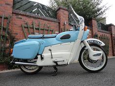 1963 Ariel Leader two-stroke twin Blue Motorcycle, Motorcycle Types, Motorcycle Design, Classic Motorcycle, British Motorcycles, Triumph Motorcycles, Vintage Motorcycles, Triumph Scrambler, Classic Motors