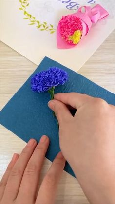 Paper Flowers Craft, Paper Crafts Origami, Easy Paper Crafts, Diy Crafts For Gifts, Diy Home Crafts, Flower Crafts, Flower Diy, Origami Art, Paper Roses