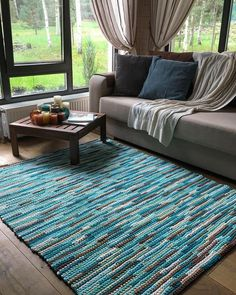 35 Rug Decor To Not Miss rugs arearugs bluearearugs tapetes Beige Carpet, Diy Carpet, Rugs On Carpet, Cheap Carpet, Crochet Rug Patterns, Crochet Motifs, Doilies Crochet, Painting Carpet, Crochet Carpet