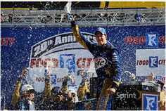 Brad Keselowski wins the Food City 500 at Bristol Motor Speedway on 3/18/12