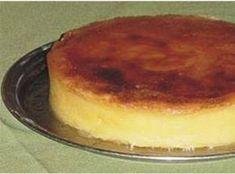 Receita de Bolo Souza Leão, que é considerado em Pernambuco o 'rei dos bolos' - 18 gemas;, 6 xícaras de leite de coco grosso ( puro – não industrializado), 1 kg de açúcar;, 1 kg de massa de mandioca;, 2 colheres de sopa de manteiga;, 1 colhe café de sal