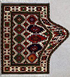 Tradycyjne-Azerbejdzanskie-dywany-przeksztalcone-w-hipnotyzujace-Dziela-Sztuki_7