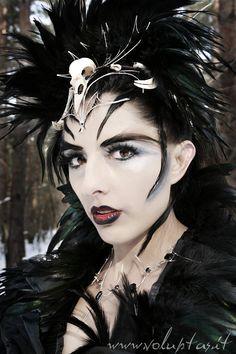 Ravenqueen von Annabel Lee                                                                                                                                                                                 Mehr