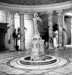 A rotunda in a Manhattan mansion