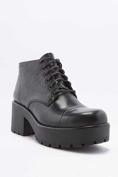 Vagabond Dioon Lace-Up Chunky Black Leather Ankle Boots