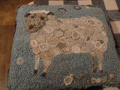sheep w/standing wool circles ~♥~  I made one similar to this....I will post it soon