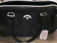 'Victoria's secret handbag barrel style black color' is going up for auction at 10am Mon, Jul 1 with a starting bid of $5.