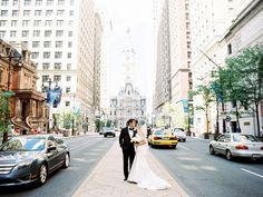 Downtown Philadelphia Wedding Portrait   photography by http://sarahderphotography.com