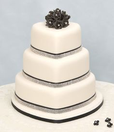 Google Image Result for http://www.genuinecakes.co.uk/images/3-tier-heart-diamante.jpg