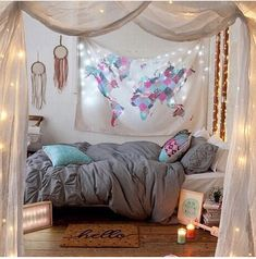 Bohemian chic bedroom for teen girls