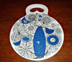 I really wish I could buy this---Arabia Finland Pastoraali Esteri Tomula Wall Plate Chopping Board