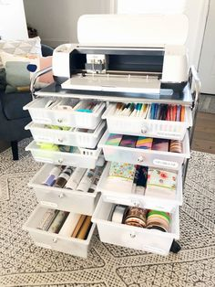 A Look Inside My Cricut Craft Cart - Organized-ish by Lela Burris - How I organize my Cricut storage rolling craft cart, and how to label each drawer with Cricut Joy Smart Label Writable Vinyl Craft Desk, Craft Room Storage, Craft Organization, Craft Storage Drawers, Vinyl Storage, Organizing Life, Paper Storage, Storage Ideas, Rolling Craft Cart