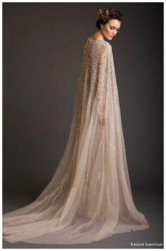 Le Nozze di Livia: Il mantello da sposa...