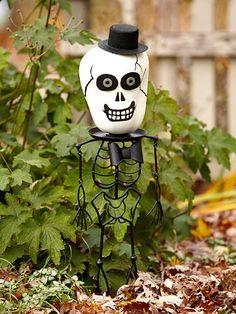Skeleton Head Pumpkin. More No-Carved Pumpkin ideas: http://www.bhg.com/halloween/pumpkin-decorating/easy-no-carve-halloween-pumpkins/