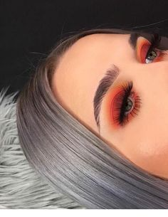 The best makeup tips & tricks. Do i… Best smokey eyes Best smokey eyes MAKEUP! The best makeup tips & tricks. Lips, eyes, skin and much more! Orange Eyeshadow Looks, Orange Eye Makeup, Smoky Eye Makeup, Eyebrow Makeup, Cute Eyeshadow Looks, Sparkly Eye Makeup, Eyelashes Makeup, Asian Makeup, Contour Makeup