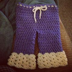 Crochet By: TinaDee... Using pattern from this link.... http://www.oodles-4-noodles.com/2013/05/baby-breeches-free-pattern.html?m=1