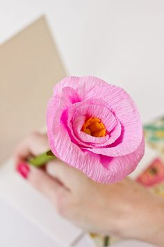 StudioDIY // DIY Paper Flower Pencils for The Sweetest Occasion