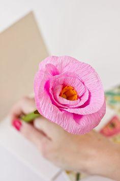 DIY: paper flower pencils