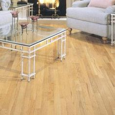 Natural Red Oak from Harris Woods' Traditions SpringLoc Collection